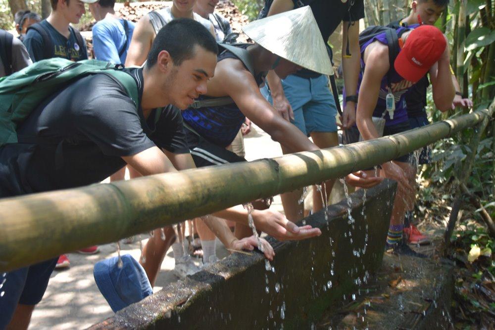 rongotai_historygeo_vietnam_cuchitunnels_33