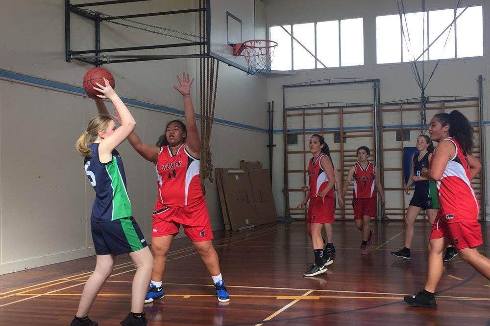 st-brendan-shaw-nz-netball-basketball-1017-5