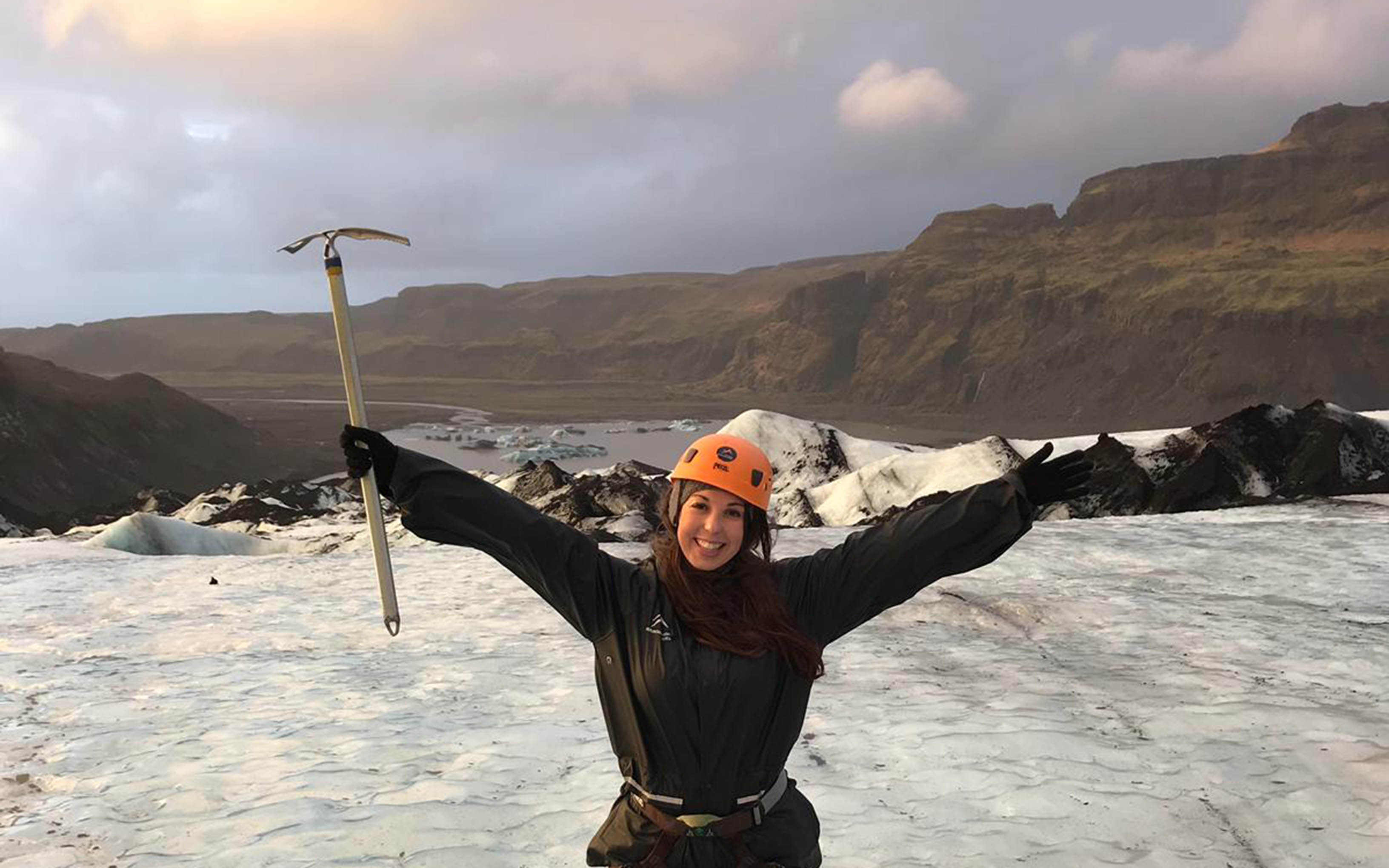 Alana Hislop in Iceland
